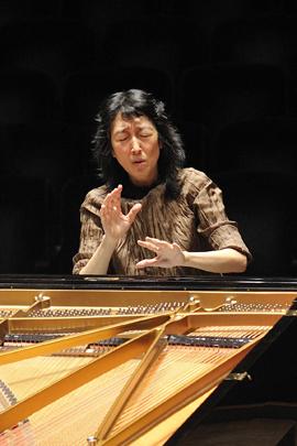 Mitsuko Uchida at Severance Hall